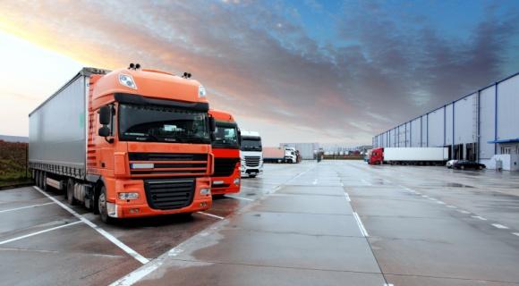 Wzrost cen transportu i więcej biurokracji – co jeszcze zmieni dyrektywa?