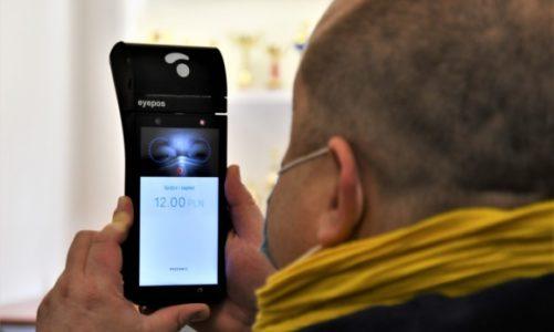 Pierwsze miejski przewoźnik na świecie, w którym za miesięczny zapłacicie… okiem